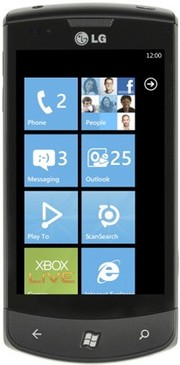 Телефон на Windows Phone 8: LG Optimus 7
