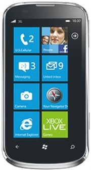 Телефон на Windows Phone 8: ZTE Render