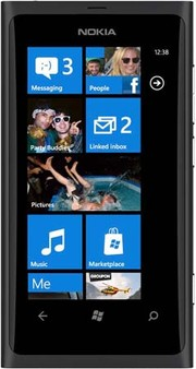 Телефон на Windows Phone 8: Nokia Lumia 800